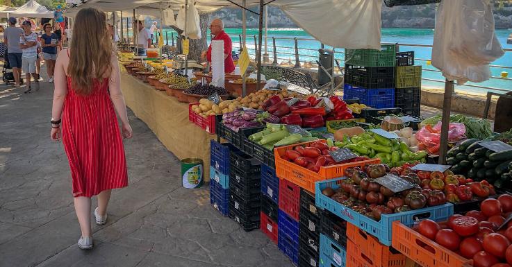 Öfter mal Frisches auf dem Markt einkaufen: Tut auch den Augen gut!