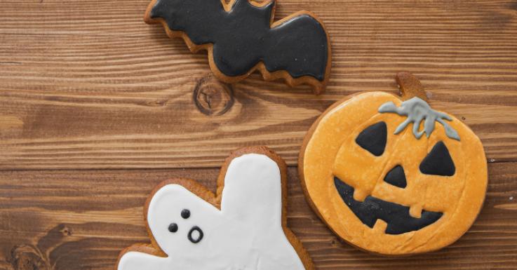 Schaurig-schöne Snacks dürfen auf keiner Halloween-Party fehlen – auch nicht bei virtuellen!
