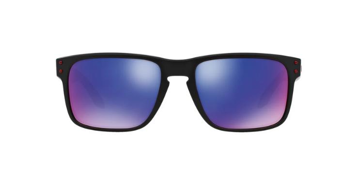 DIE Sonnenbrille für Innsbruck: Das Modell von Oakley ist sportlich genug für die Alpenwanderung und stylisch genug für den Altstadtbummel