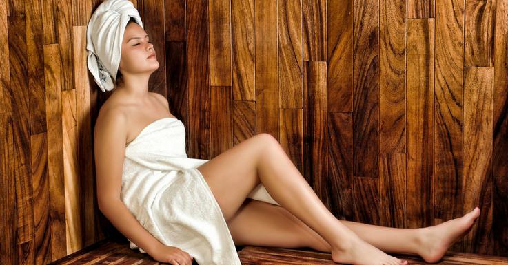 Kontaktlinsen in der Sauna? Augentropfen nicht vergessen!