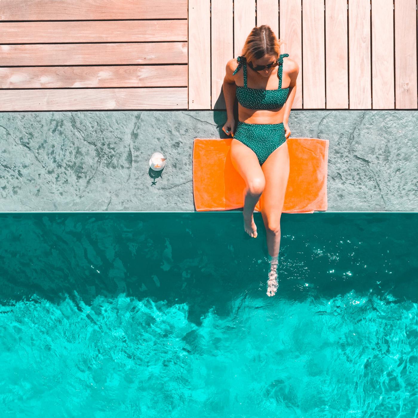 Voller Durchblick im Wasser: Tageskontaktlinsen sorgen für einen unkomplizierten Badeurlaub.