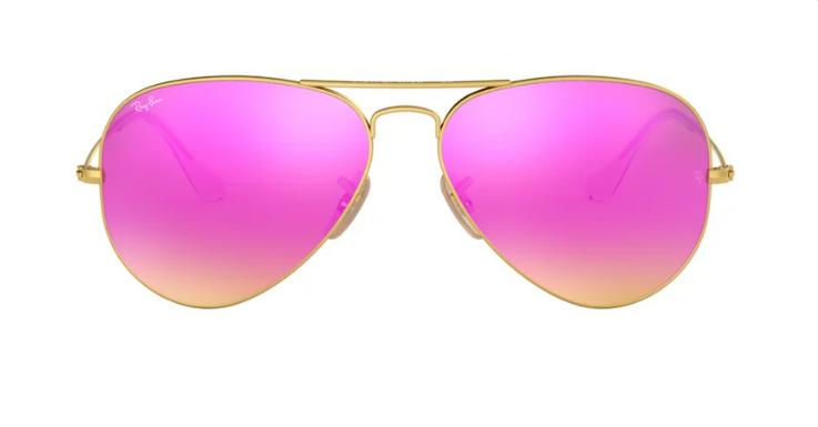 Pink ist längst auch eine coole Farbe für Männer. Bester Beweis: Diese Aviator von Ray-Ban für Herren