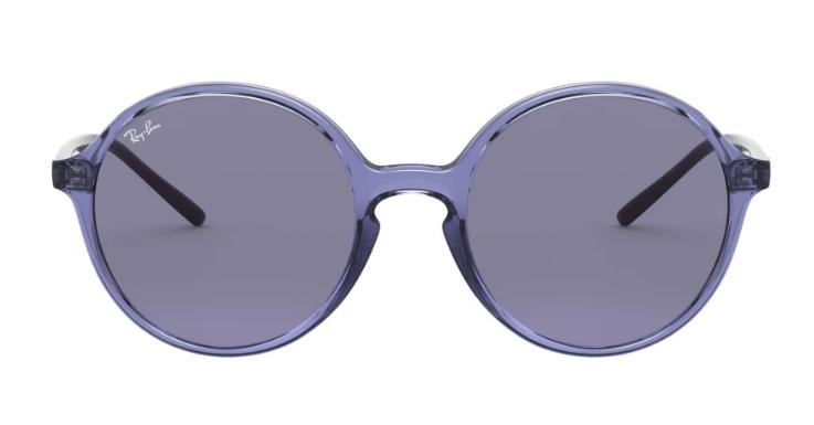 Blumenkind 2.0: Eyecatcher dieser runden Sonnenbrille von Ray-ban ist die transparent-violette Fassung