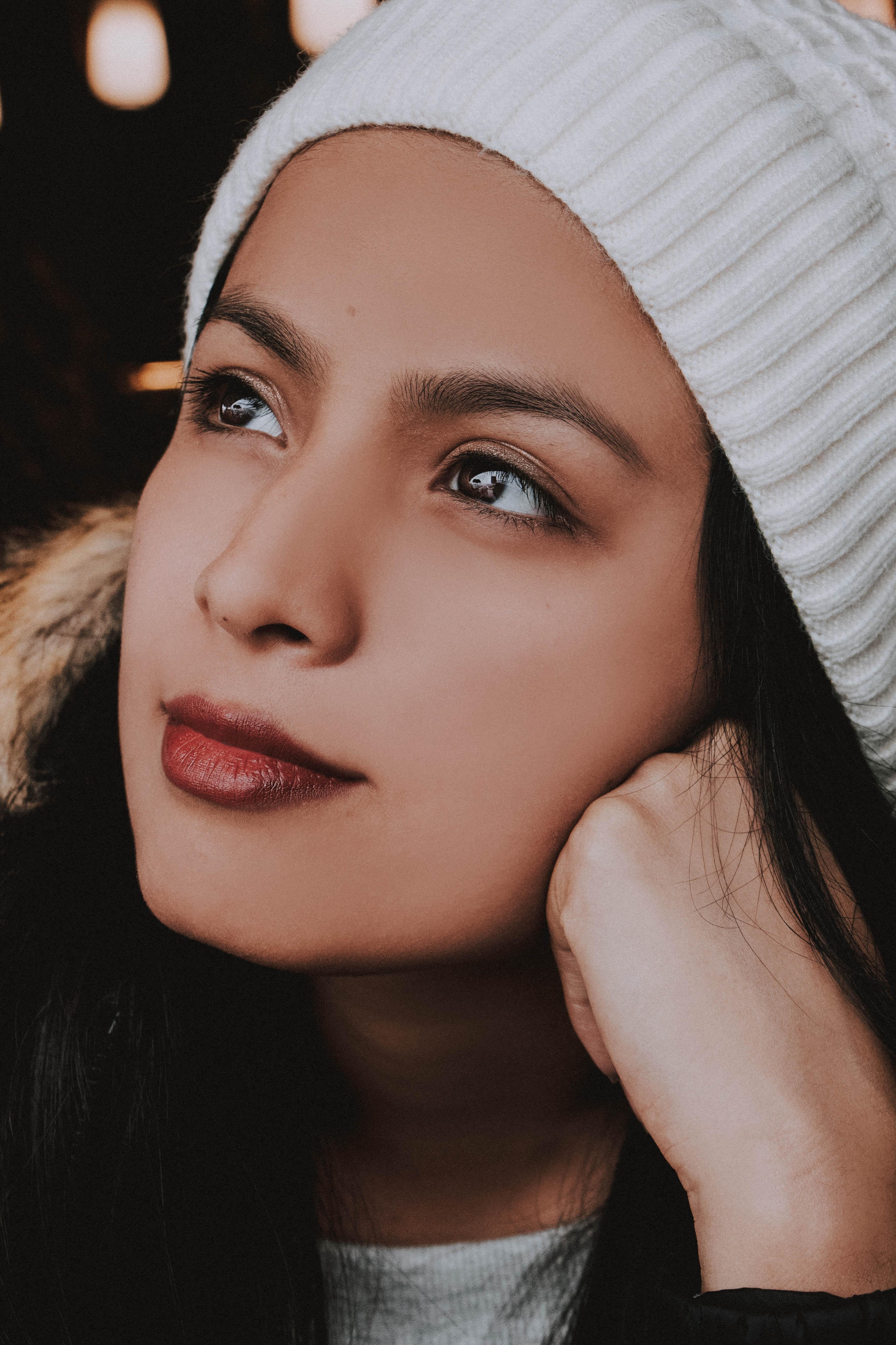 Tages-Kontaktlinsen sind eine tolle Alternative im Winter-Urlaub.